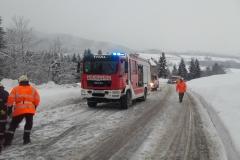 Einsatz 30.12.2017 - Busunfall Fahl (1)
