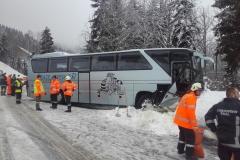 Einsatz 30.12.2017 - Busunfall Fahl (2)