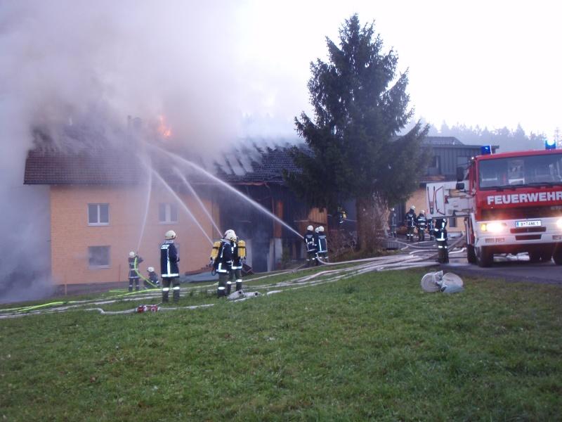 Einsatz 13.12.2014 - Brand Baldauf - Feuerwehr Langen (2)