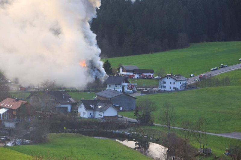 Einsatz 13.12.2014 - Brand Baldauf HR (11)