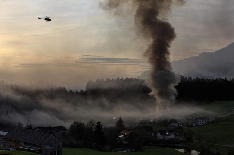 Einsatz 13.12.2014 - Brand Baldauf HR (12)