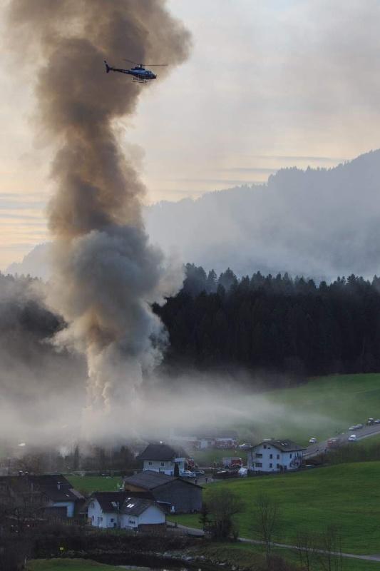 Einsatz 13.12.2014 - Brand Baldauf HR (13)