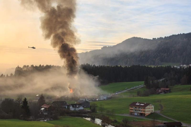 Einsatz 13.12.2014 - Brand Baldauf HR (15)