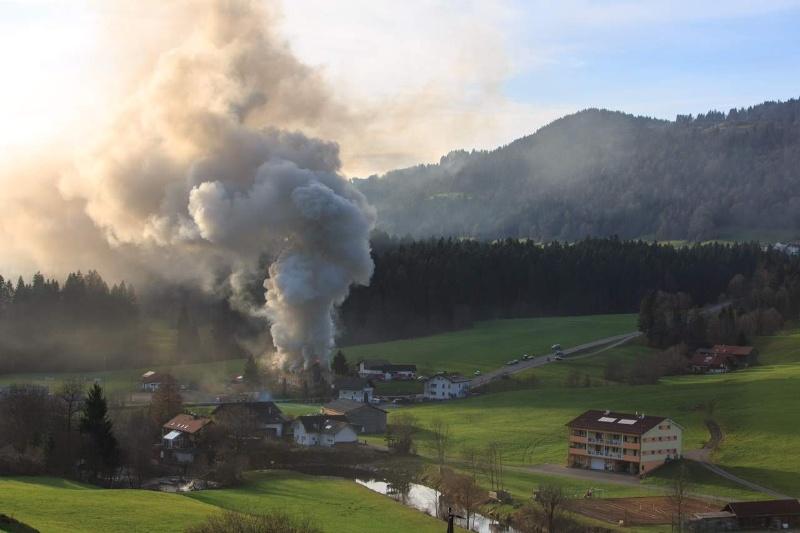 Einsatz 13.12.2014 - Brand Baldauf HR (5)