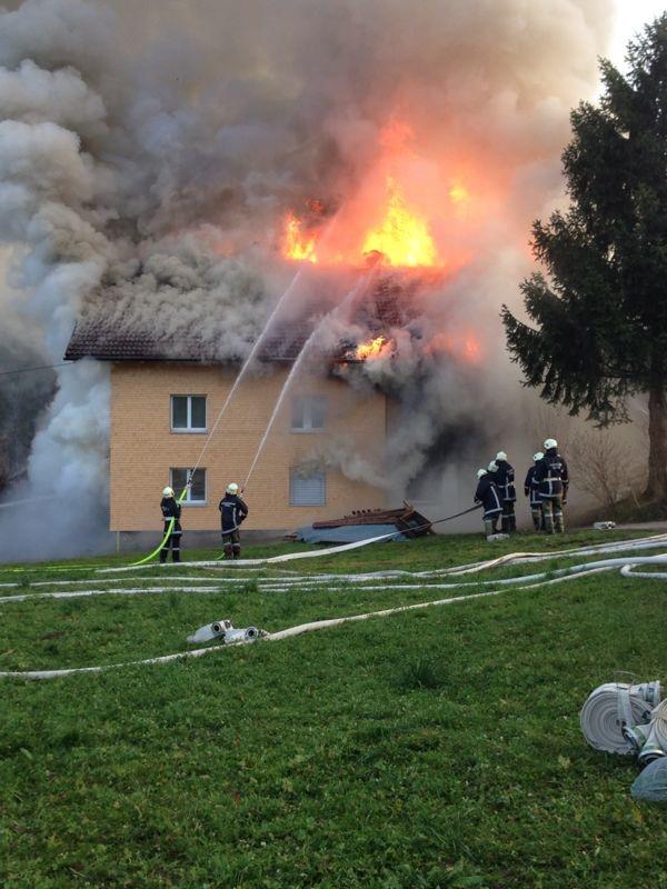 Einsatz 13.12.2014 - Brand Baldauf - Violand Dietmar (7)