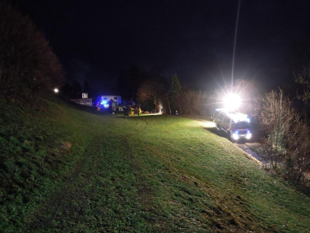 Einsatz 09.12.2015 - Traktorunfall (5)-klein